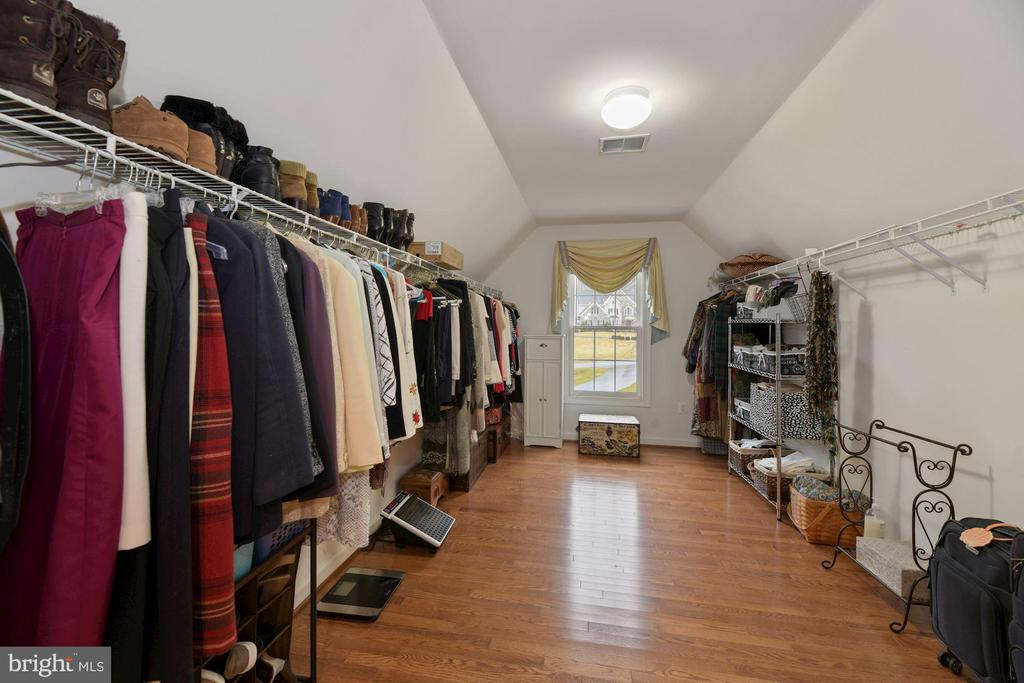 Two Walk-In Closets Featured - 8192 COTTAGE ROSE CT, FAIRFAX STATION