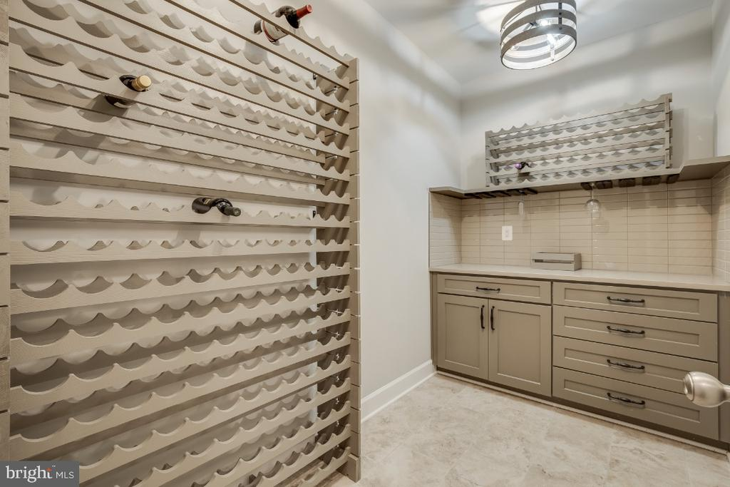 Wine Cellar, Chilling Unit & Wine Cooler - 6723 VALLEY BROOK DR, FALLS CHURCH
