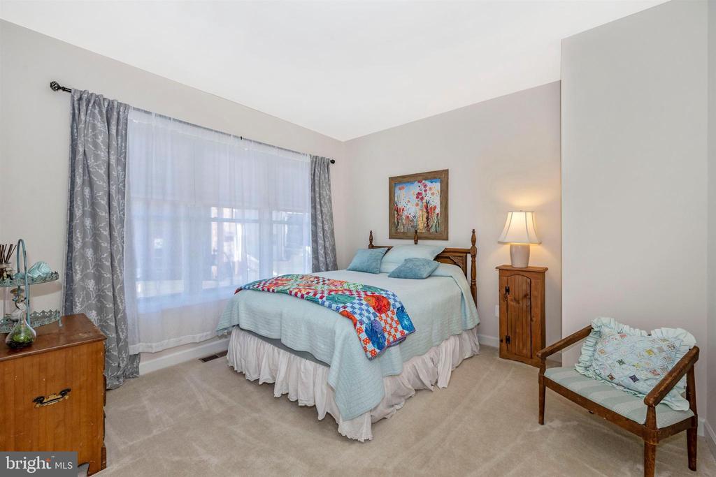 BEDROOM #2 - 14025 GODWIT ST, CLARKSBURG