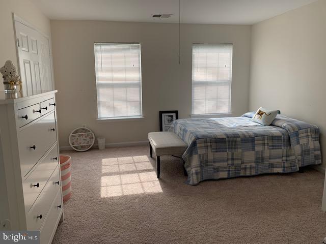Upper level bedroom - 2 ONYX CT, STAFFORD