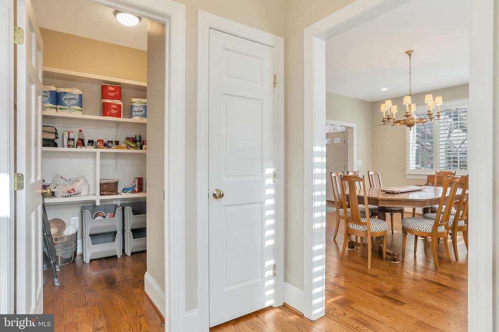Huge Pantry with wood shelving - 20131 DAIRY LN, STERLING