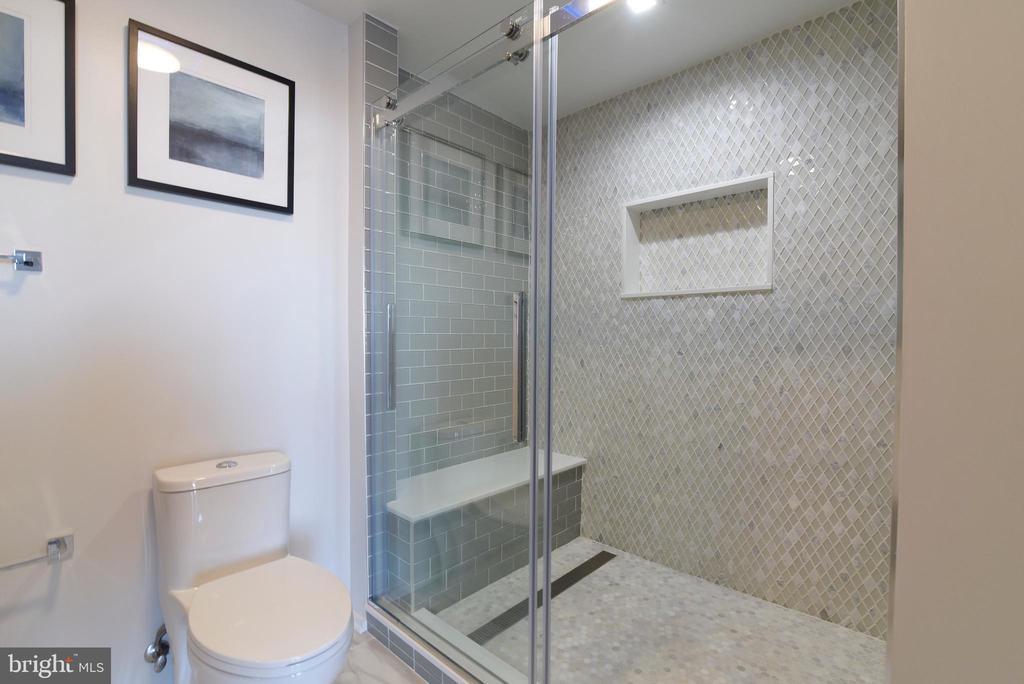 Master Bathroom - 3409 WILSON BLVD #611, ARLINGTON