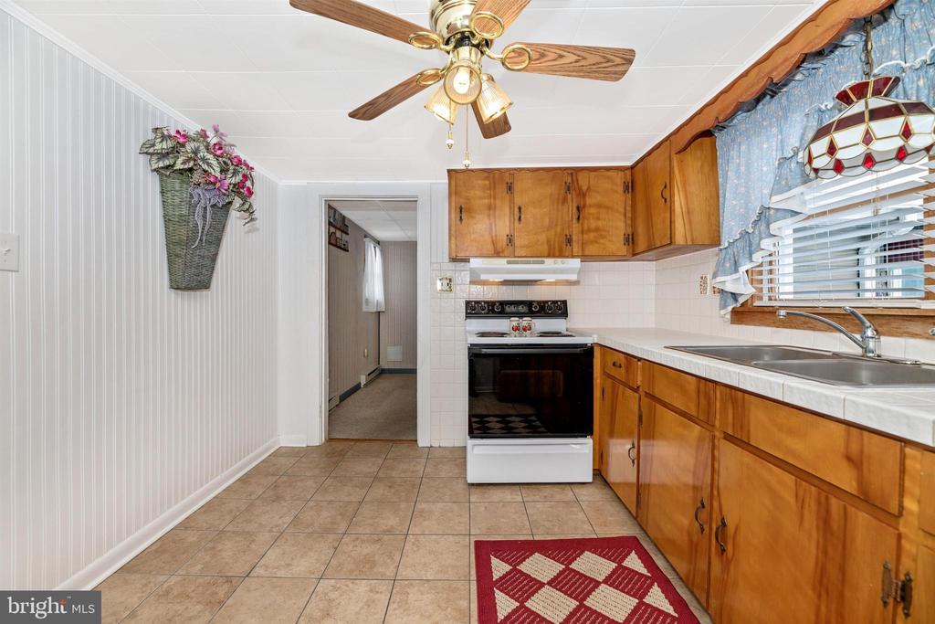 Kitchen - 12216 AUBURN RD, THURMONT