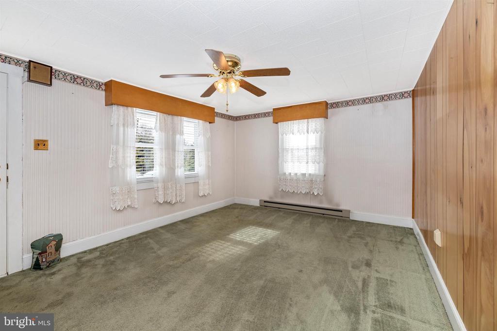 Living Room - 12216 AUBURN RD, THURMONT