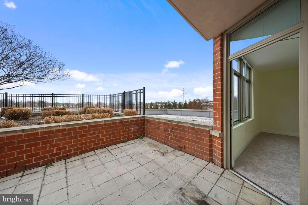 Terrace - 3650 S GLEBE RD #267, ARLINGTON