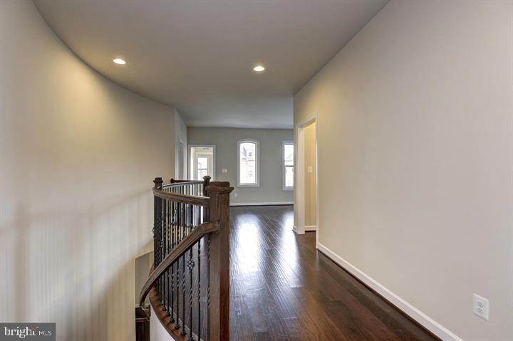 Upper level - 20635 HOLYOKE DR, ASHBURN
