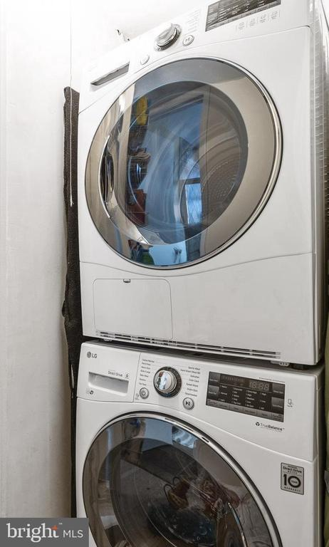 Stackable washer/dryer - 4616 28TH RD S #A, ARLINGTON