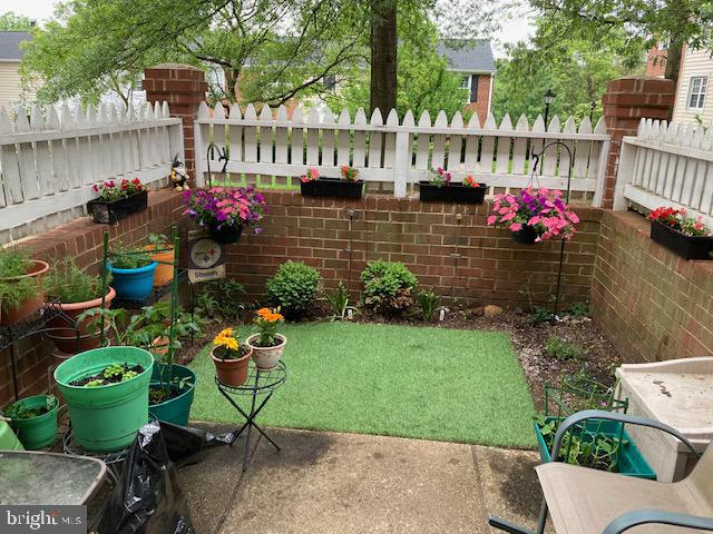 Fabulous private patio - great for entertaining - 4616 28TH RD S #A, ARLINGTON