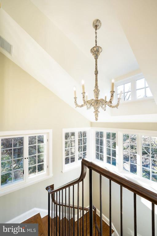 Second Staircase - 2860 WOODLAND DR NW, WASHINGTON