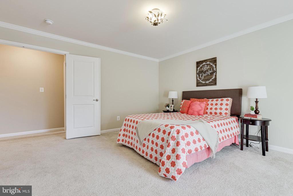 2nd Bedroom - 8353 LONGFIELDS LN, ALEXANDRIA