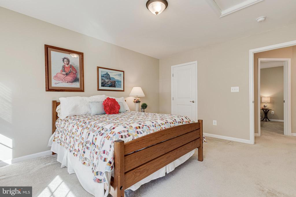 4th Bedroom - 8353 LONGFIELDS LN, ALEXANDRIA