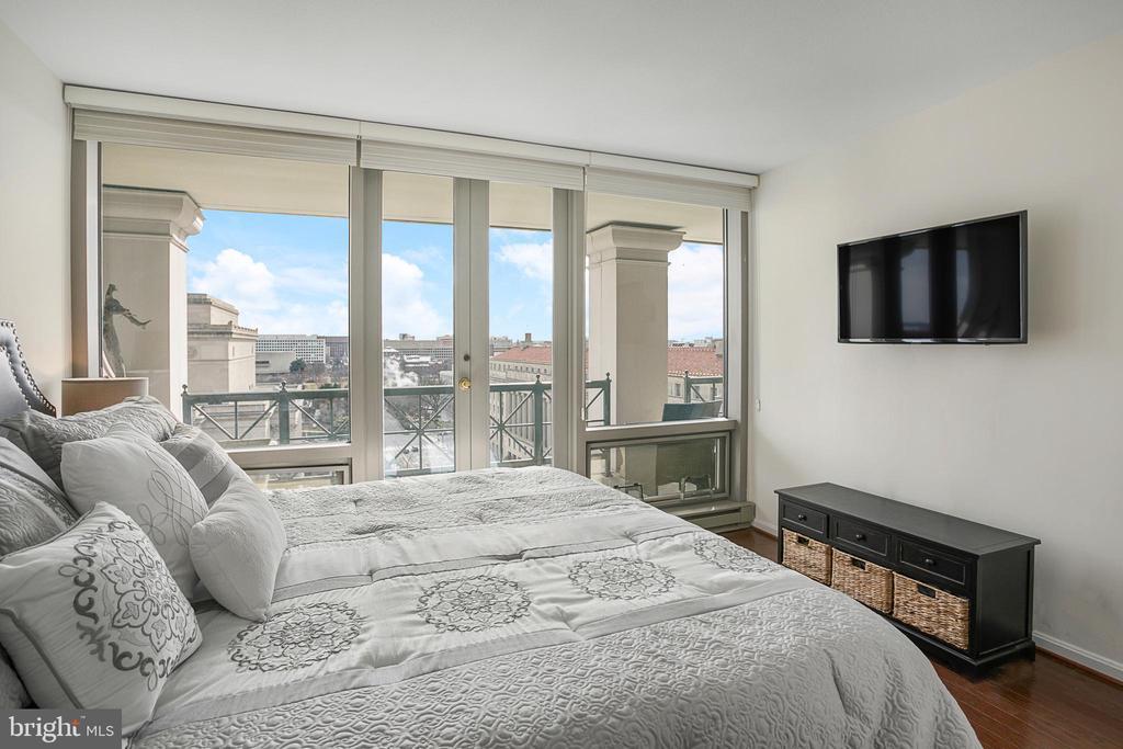 Owners Bedroom - 801 PENNSYLVANIA AVE NW #1215, WASHINGTON