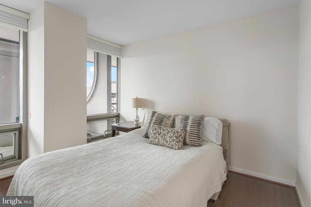 Second Bedroom - 801 PENNSYLVANIA AVE NW #1215, WASHINGTON