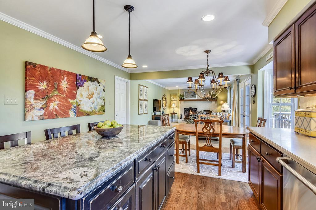 Main Level Kitchen w/ Center Island - 11588 LAKE NEWPORT RD, RESTON