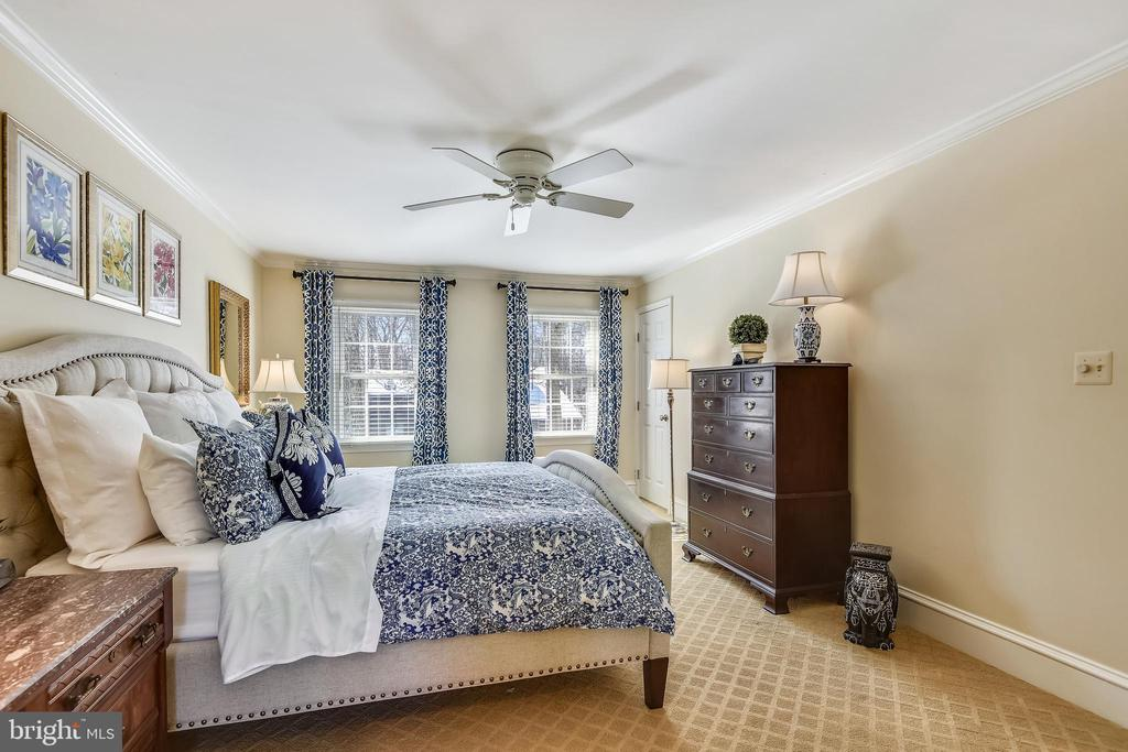Upper Level Primary Bedroom - 11588 LAKE NEWPORT RD, RESTON
