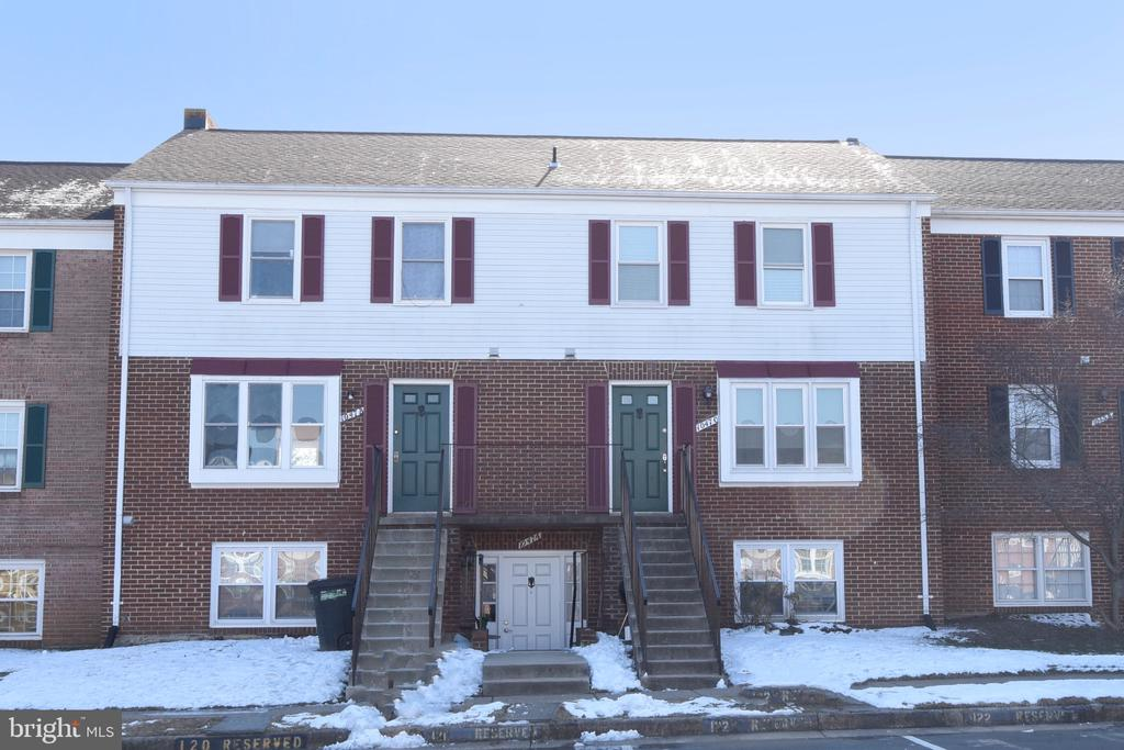 - 1047-C MARGATE CT, STERLING