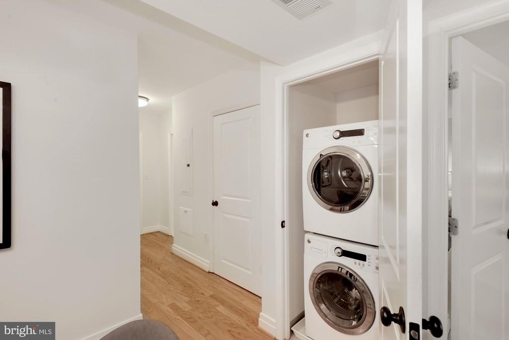 In-unit washer and dryer - 915 E ST NW #403, WASHINGTON