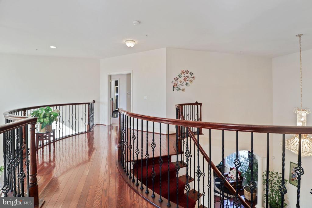2nd level Hallway - 2509 BRIGGS CHANEY RD, SILVER SPRING