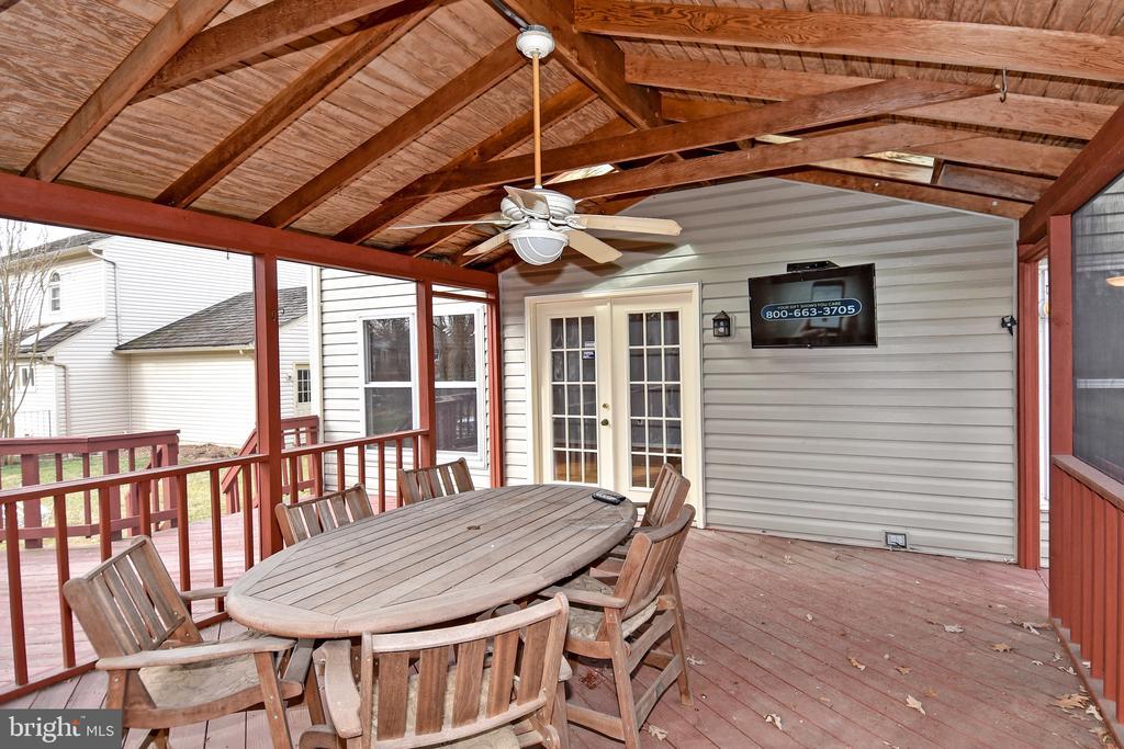 Porch - 5203 GLEN MEADOW RD, CENTREVILLE