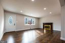 Enter bright formal living room w recessed lights, - 7605 LAURALIN PL, SPRINGFIELD