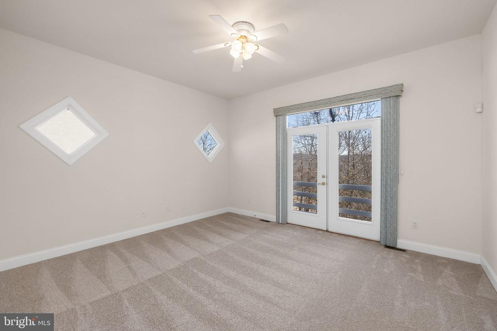 Main Level Bedroom #1 - 3714 FAIRWAYS CT, FREDERICKSBURG