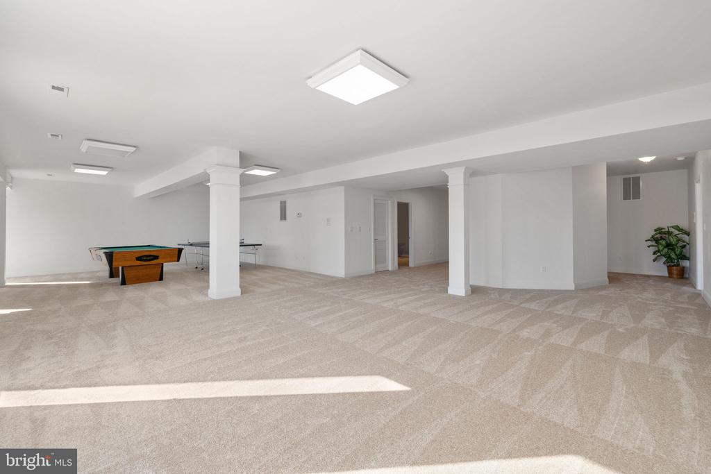 Lower Level Family Room - 3714 FAIRWAYS CT, FREDERICKSBURG
