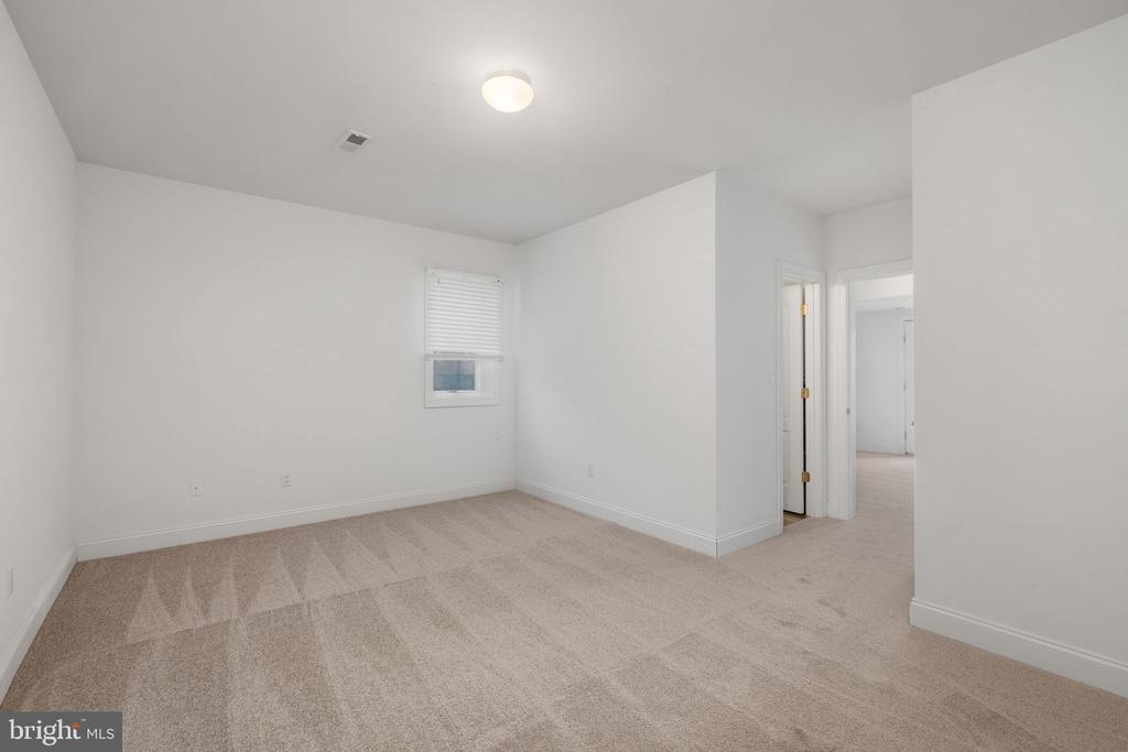 Lower Level Bedroom #7 - 3714 FAIRWAYS CT, FREDERICKSBURG
