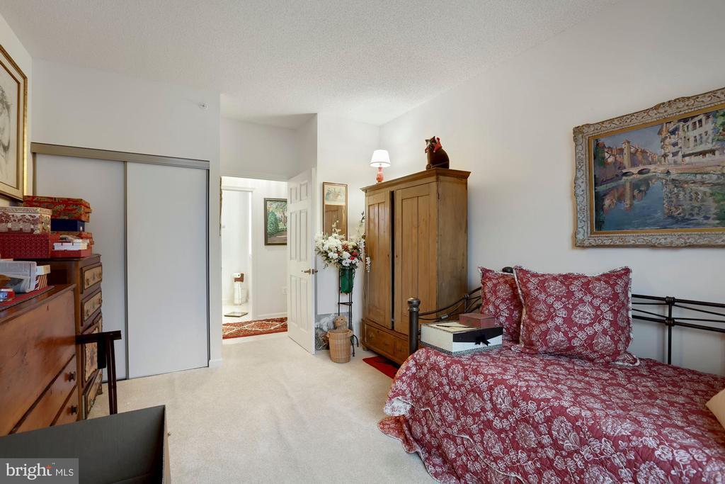 Second Bedroom - 19360 MAGNOLIA GROVE SQ #305, LEESBURG