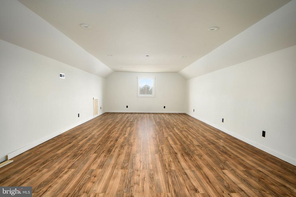 3rd Level Rec Room 2 of 2 - 16195 PURCELLVILLE RD, PURCELLVILLE