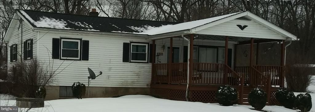 FRONT VIEW W/ COVERED 12 X 20 PORCH - 1700 KIMBLE RD, BERRYVILLE
