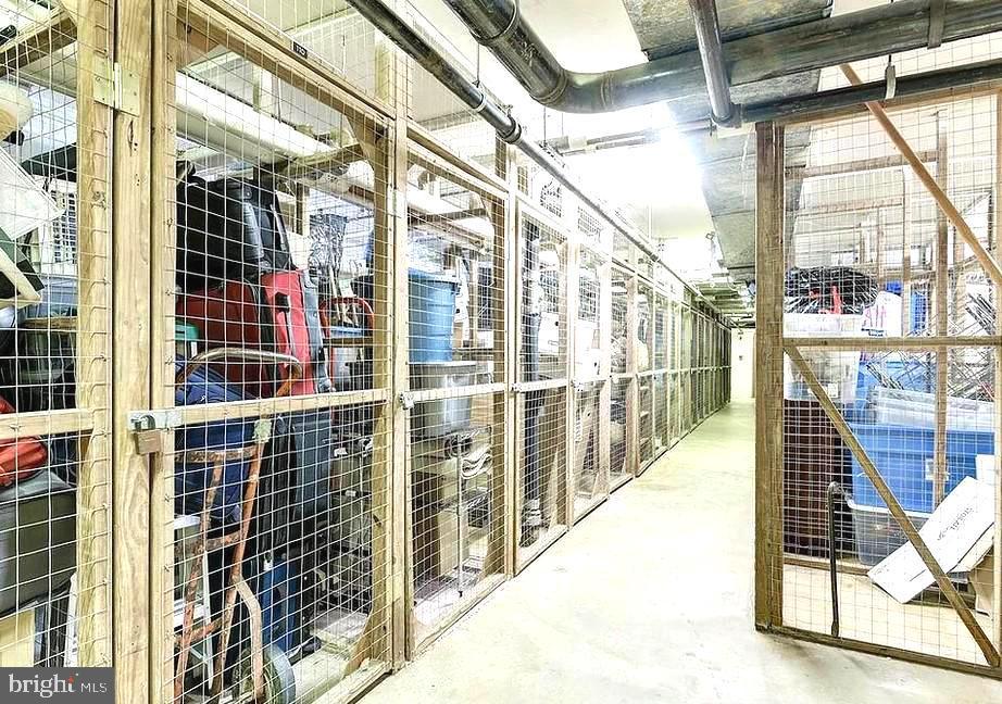 Extra Storage - 2100 LEE HWY #G09, ARLINGTON
