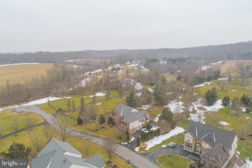 Aerial Alt view of property - 20277 DAWSON MILL PL, LEESBURG