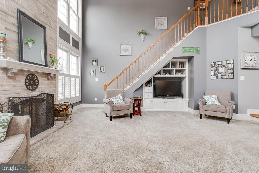 2nd staircase located off of family room - 20277 DAWSON MILL PL, LEESBURG