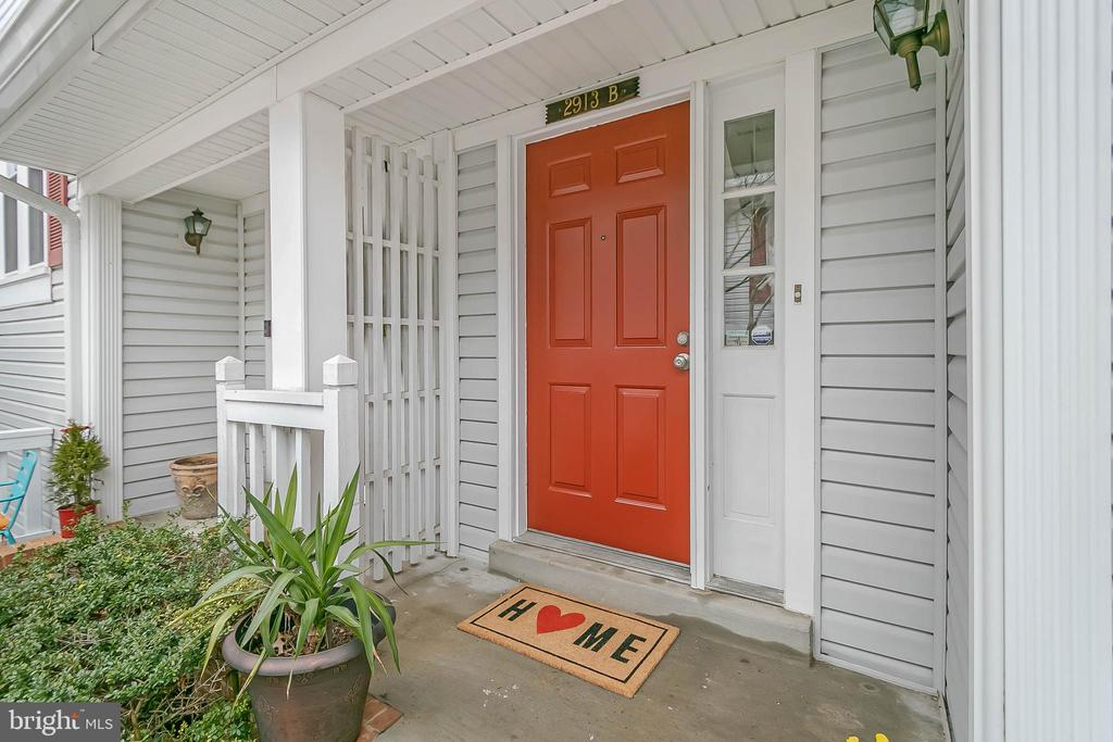 Welcome to your new home! - 2913-B S WOODSTOCK ST #2, ARLINGTON