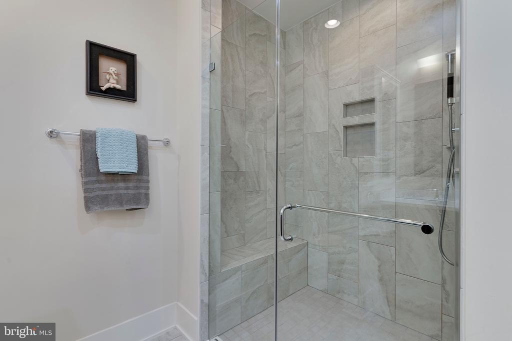 Primary Bathroom Shower - 171 WINSOME CIR, BETHESDA