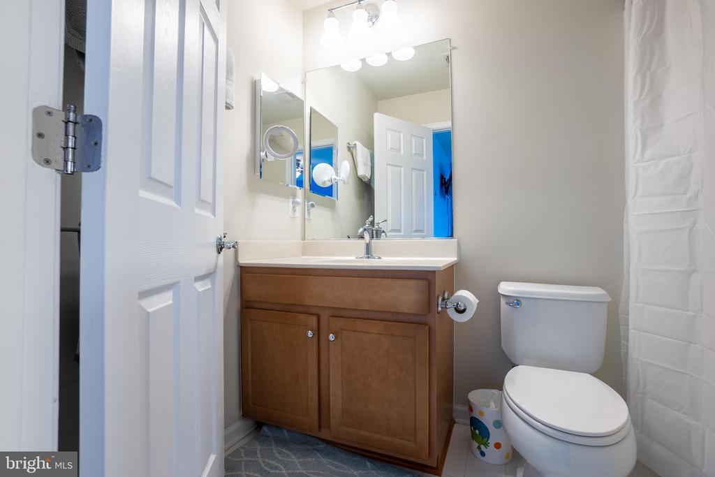 Attached Bathroom for Bedroom 2 - Upper Level - 22462 FAITH TER, ASHBURN