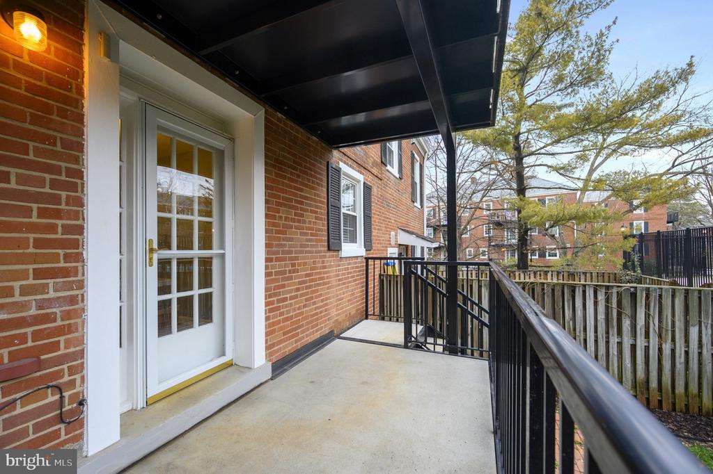Porch/balcony - 2971 S COLUMBUS ST #A1, ARLINGTON