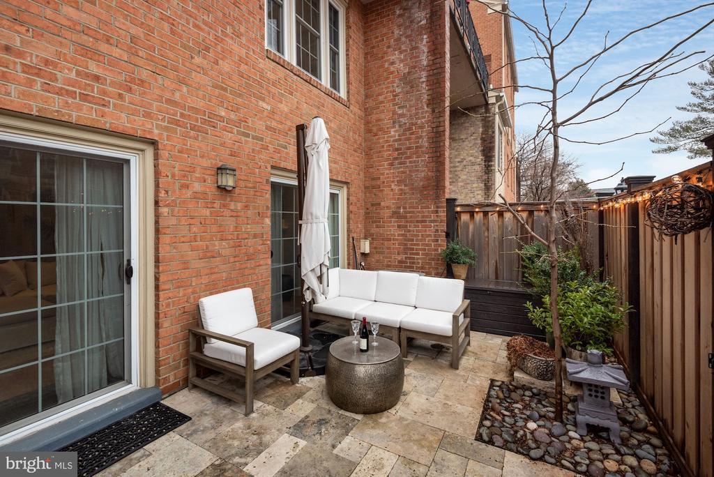 Back Yard Patio - New Stone Flooring & Landscaping - 1610 BELMONT ST NW #D, WASHINGTON