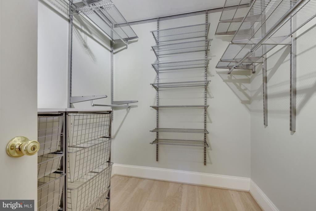 Walk-In Closet - This is What Dreams are Made of! - 1610 BELMONT ST NW #D, WASHINGTON