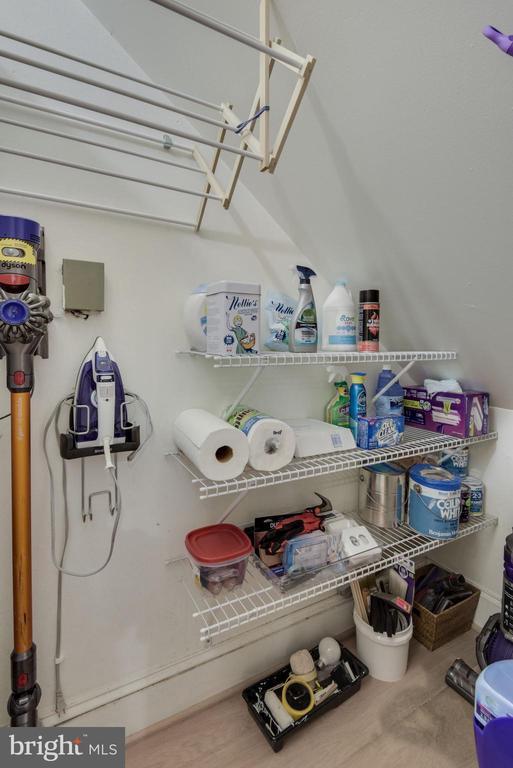 Storage Closet - Storage, Storage, Storage Galore! - 1610 BELMONT ST NW #D, WASHINGTON
