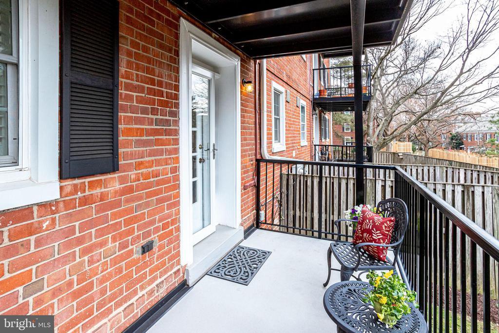 Exterior Balcony - 3052 S ABINGDON ST #A2, ARLINGTON