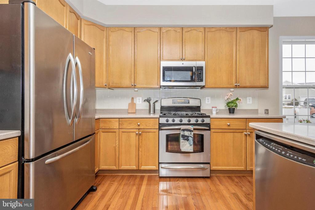 Stainless steel appliances - 2 MAE WAY, THURMONT