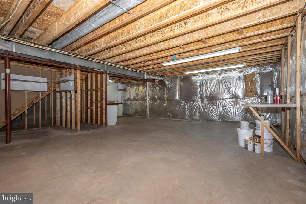 Full basement - 2 MAE WAY, THURMONT