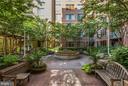 Phoenix Courtyard - 1020 N HIGHLAND ST #215, ARLINGTON