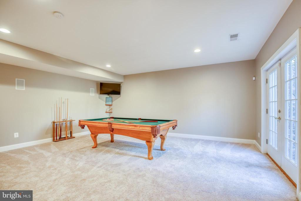 Perfect for game room - 43094 ROCKY RIDGE CT, LEESBURG