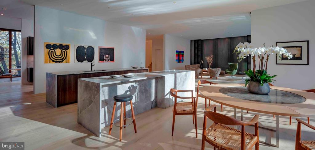 Breakfast Room/Kitchen - 3131 CHAIN BRIDGE RD NW, WASHINGTON