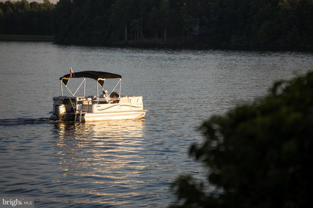 Passion for Boating? This is for You!!! - 11217 PRESWICK LN, SPOTSYLVANIA