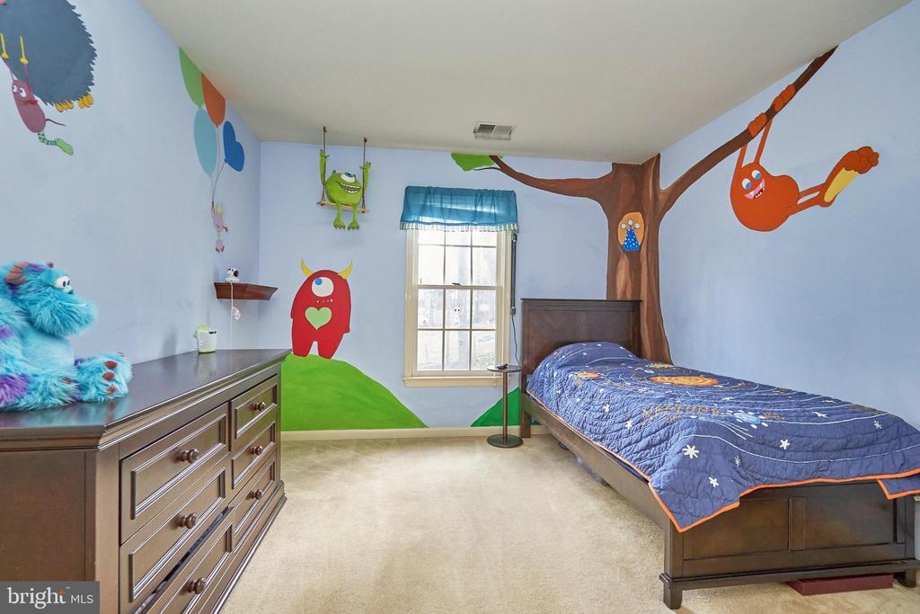 Secondary Bedroom - 12693 CROSSBOW DR, MANASSAS
