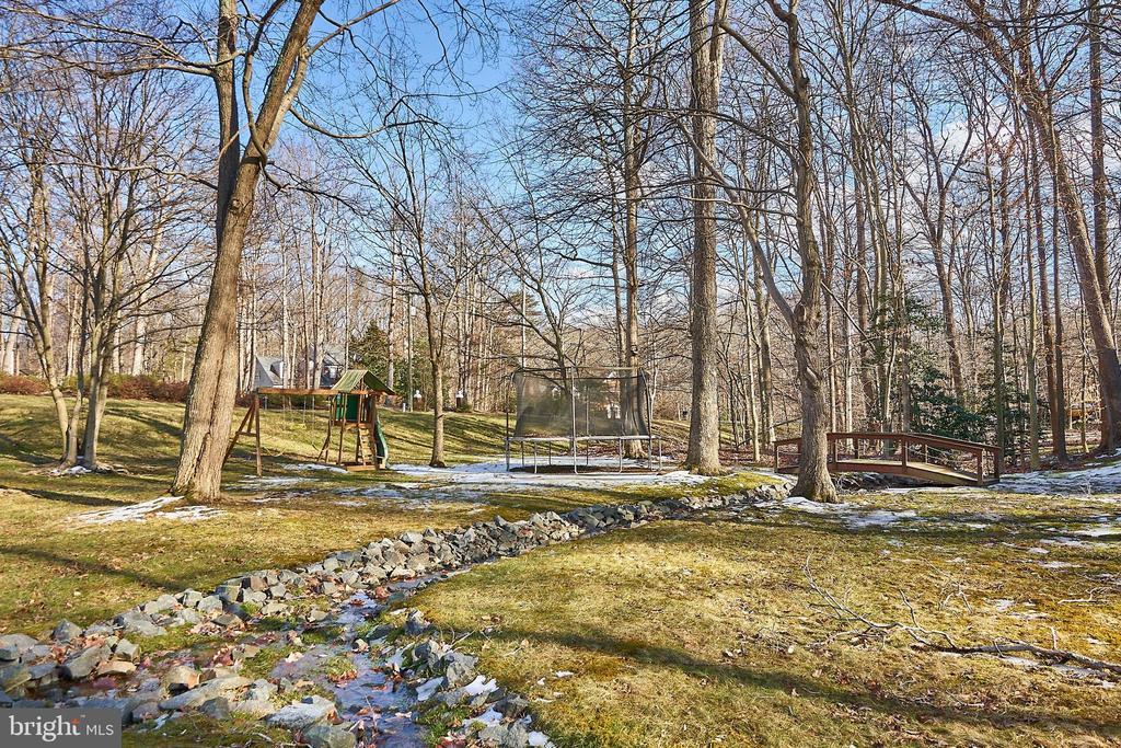 Tree View - 12693 CROSSBOW DR, MANASSAS