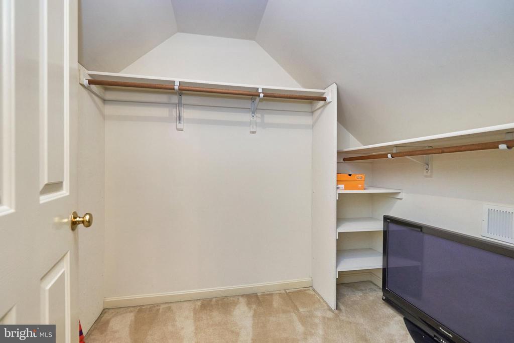 Primary Walk-in Closet - 12693 CROSSBOW DR, MANASSAS